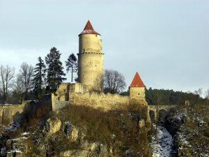 Proč na hradě Zvíkov nefungují fotoaparáty ani kamery?