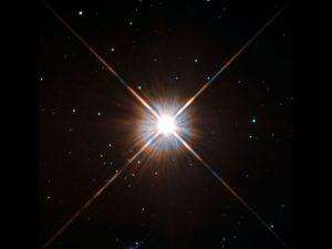 Erupce na hvězde Proxima Centauri snižuje šanci na vesmírný život v její blízkosti