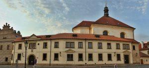Klášter bosých karmelitánek v Praze: Je v něm důkaz o zázraku?