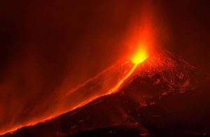 Etna se dává do pohybu: Dojde ke katastrofě?