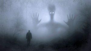 Svědectví amerického řidiče: Setkání se záhadnou bytostí!
