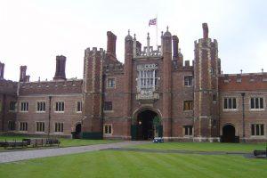 Straší duchové na zámku Hampton Court?