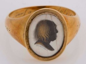 Jeremy Bentham: Kde jsou pamětní prsteny britského filosofa?