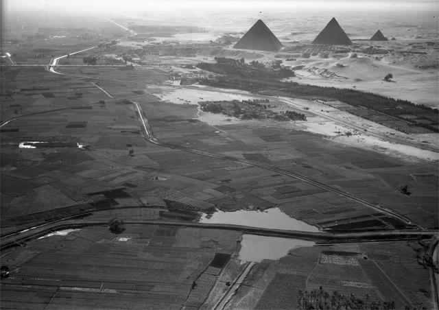 Jak tyto ohromující stavby vznikaly? Foto: Wikimedia Commons