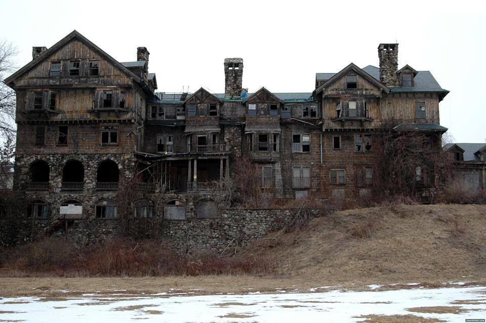 Summerwind: Z kdysi honosného sídla je dnes strašidelná ruina