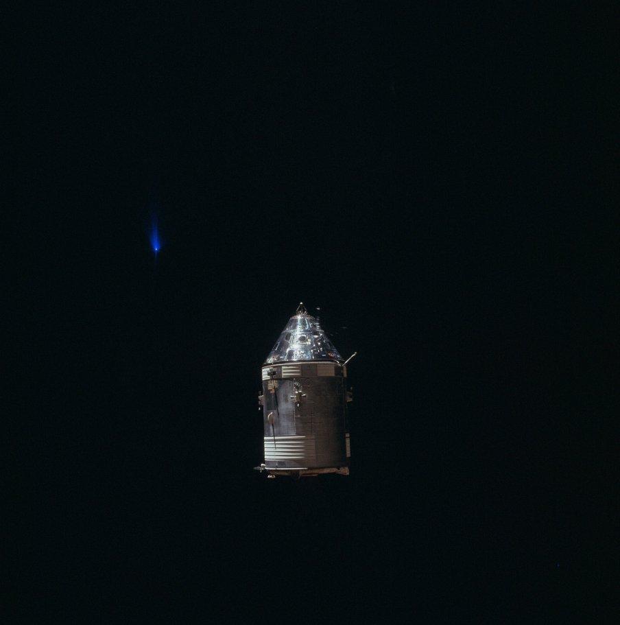 Modré světlo na snímcích Apollo 14, foto NASA