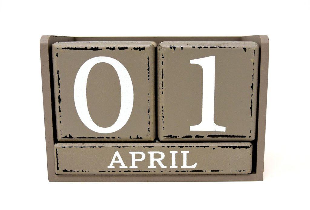 O původu zvyků: První zmínka o Aprílu pochází z roku 1690