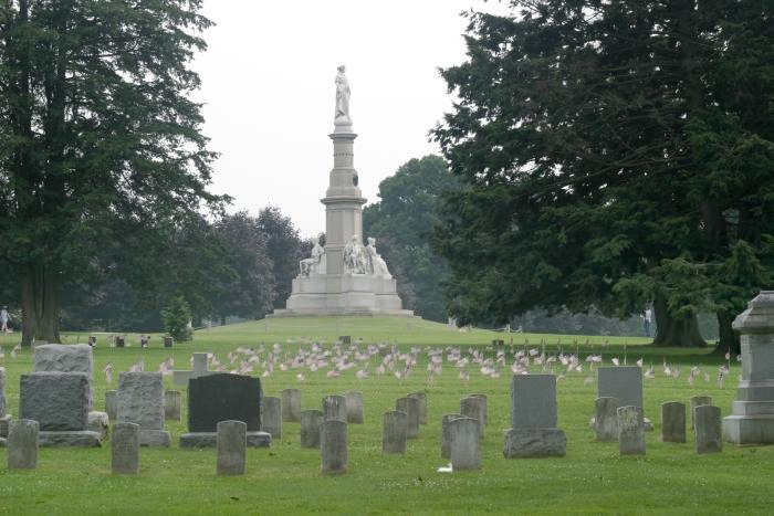 Dodnes prý na různých místech straší duchové padlých. Foto: Henryhartley/Wikimedia Commons/Public Domain