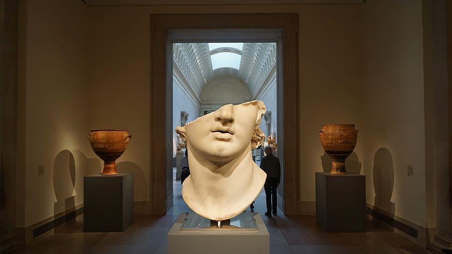 Působivá socha Alexandra.