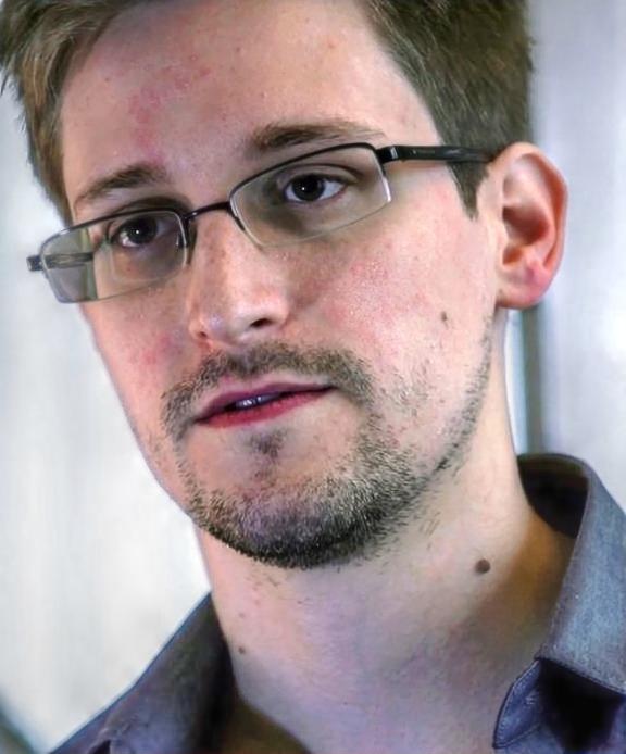 Snowden vyzradil podrobnosti o tom, jak nás vládní špičky sledují.