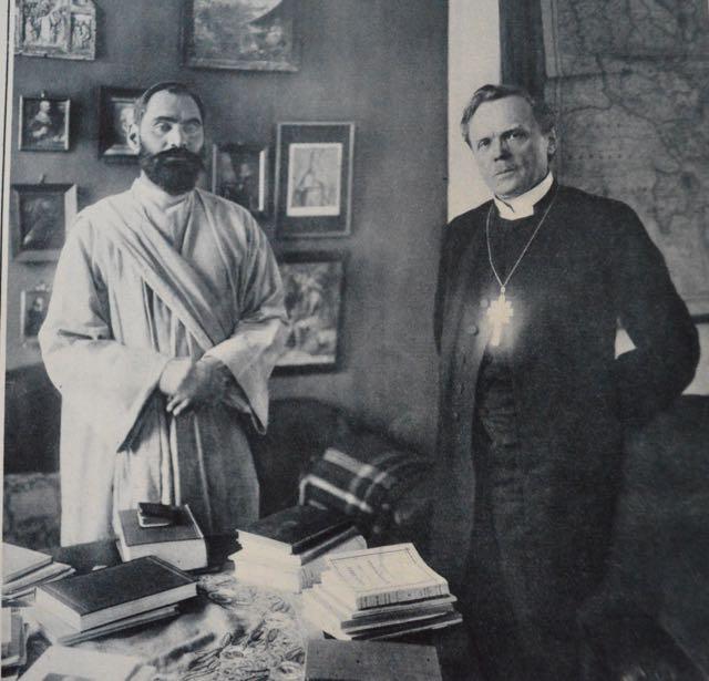 Prorok s arcibiskupem Nathanem Söderblomem během návštěvy Švédska Foto: Wikimedia commons - volné díílo
