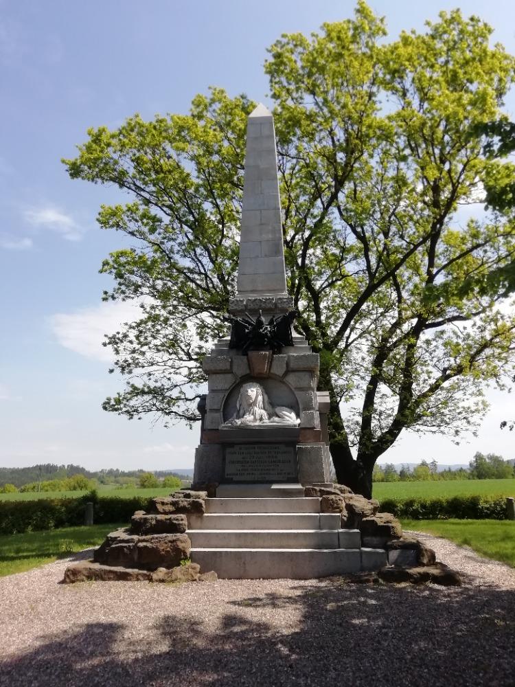 Jeden z památníků obětí prusko-rakouské války v roce 1866.