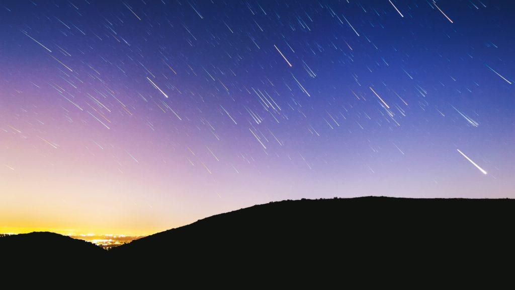Švédská vláda se marně snaží svědectví i mimozemských světlech ututlat. Foto: Unsplash