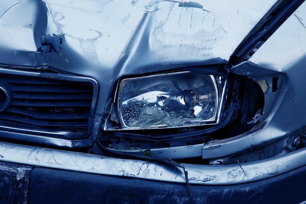 Svým příbuzným jako malá předpověděla nehodu, foto Pixabay