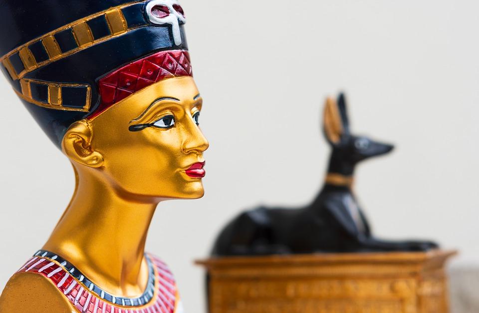 Krásná Nefertiti