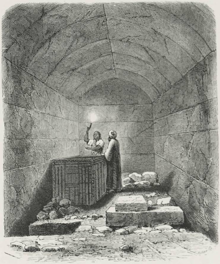 Menkaureův sarkofág v pohřební komoře, foto Strassberger, B / Creative Commons / CC BY-SA 2.5