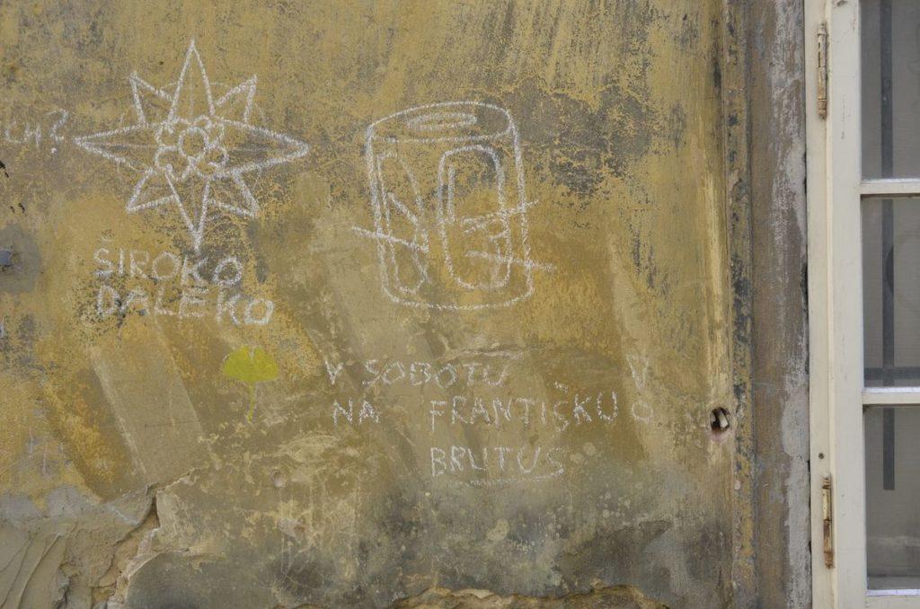Ohlasy Foglarových knih o Stínadlech na pražských zdech vznikají dodnes. Foto: Matěj Orlický / Creative Commons - CC-BY-SA-3.0