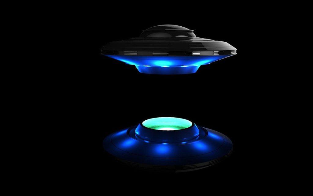 Není UFO jako UFO – někteří mimozemšťané přilétají, aby léčili