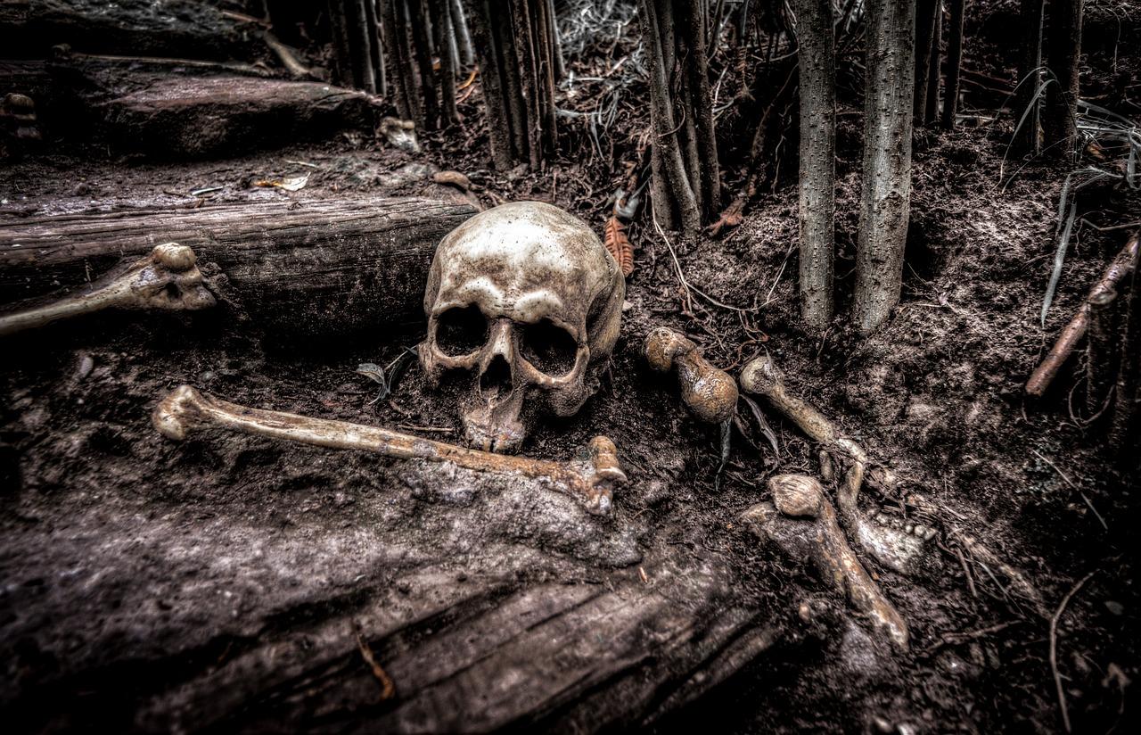 Jeskyně půlnočního děsu ukrývala kosti desítek obětovaných dětí