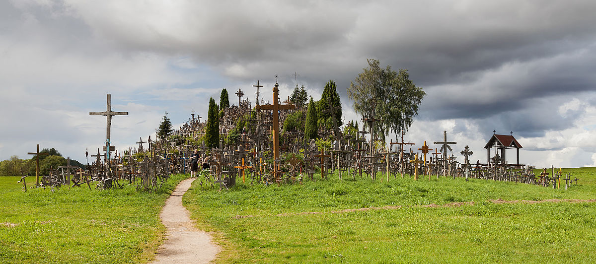 Nejsvatější litevské místo: Na kopci stojí desetitisíce křížů
