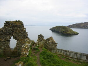 Duntulm Castle: Nejstrašidelnější zřícenina ve Skotsku?